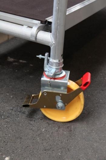 Hliníkové pojazdné lešenie Model D